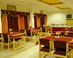 Restaurant at Hotel Gorbandh